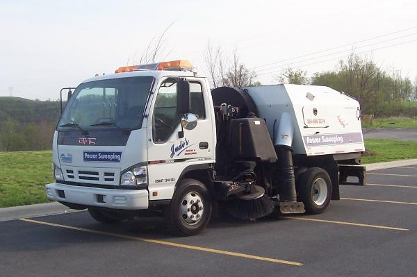 06_GMC_SWEEPER-600x399.jpg