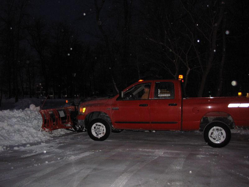 12-21-08 - Snowplowing rs 1-01.jpg