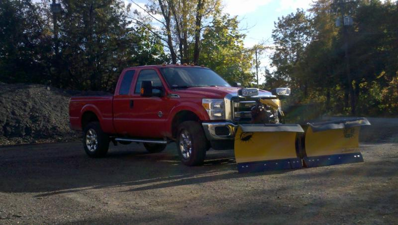 2011-Ford f350 with plow.jpg