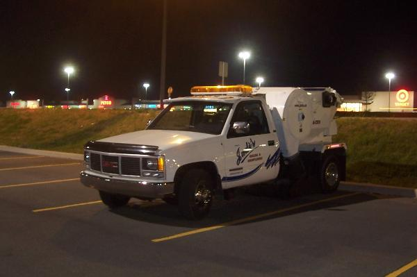 93_GMC_SWEEPER_TK-600x399.jpg