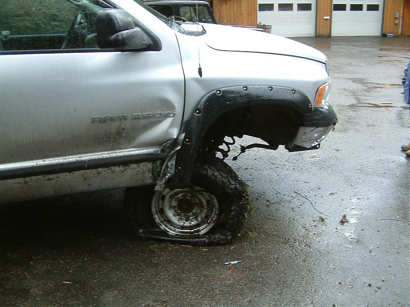 accident and snowmobile012.jpg
