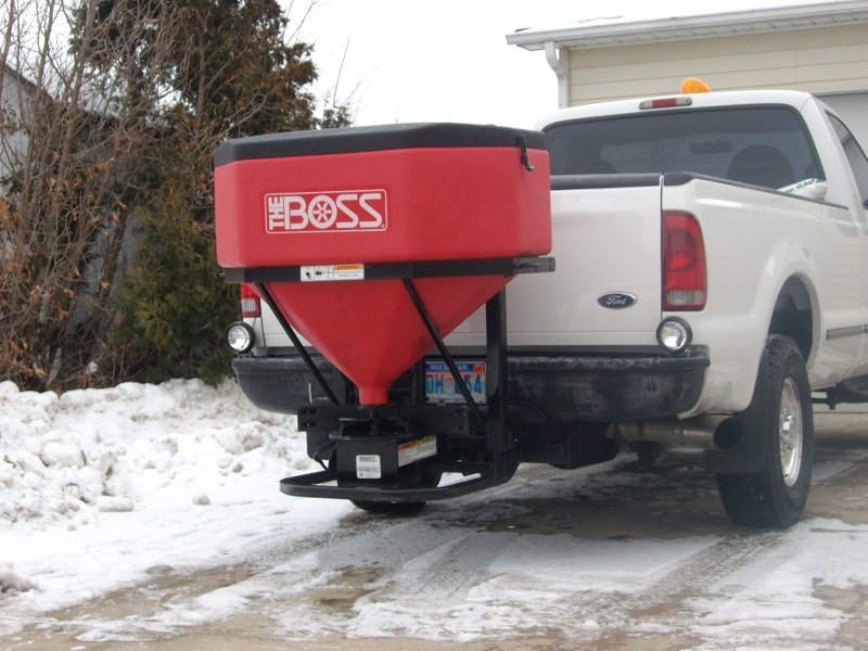 big salt spreader 003.jpg