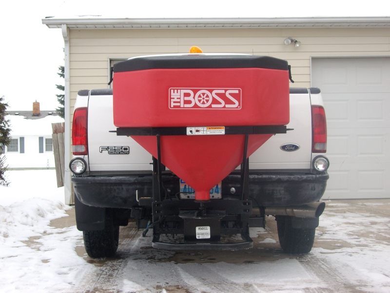big salt spreader 005.jpg