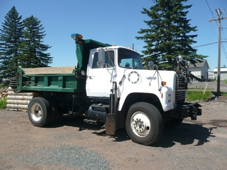 Dump Truck with Plow and Wing USM.JPG