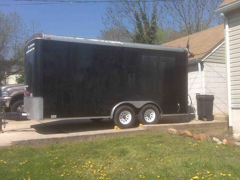 enclosed trailer.jpg