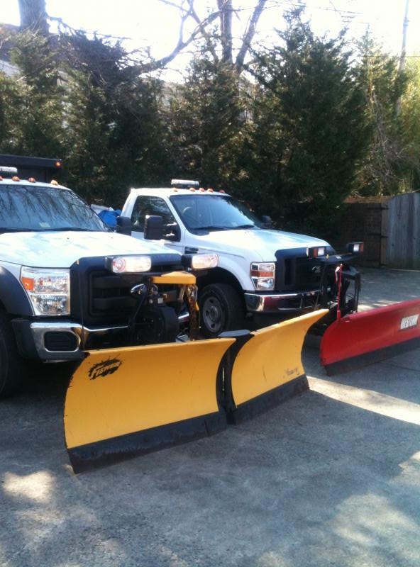 f550 and f350 with plows.jpg