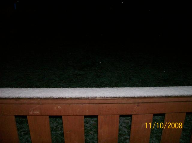 first snow 3 (Small).JPG