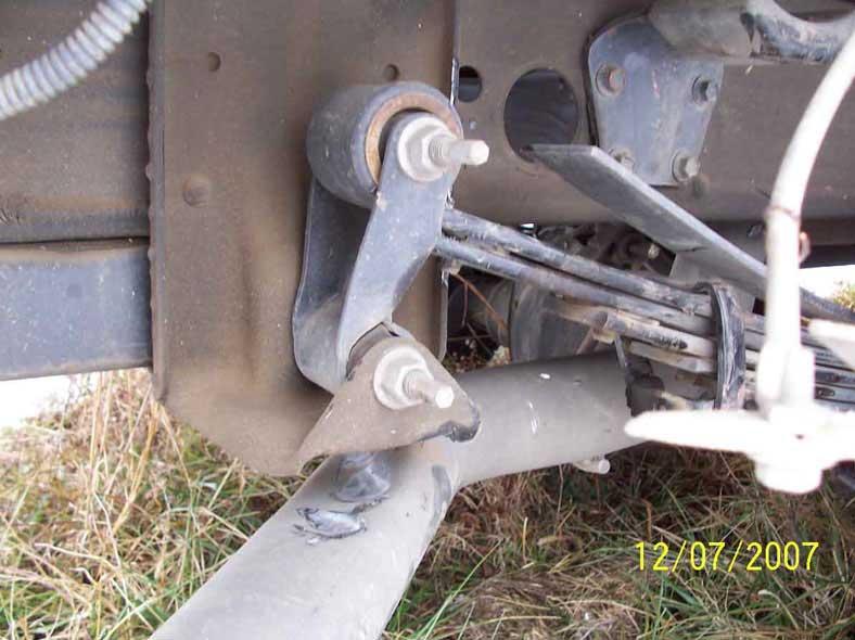GMCSWreckedExhaust1a.jpg