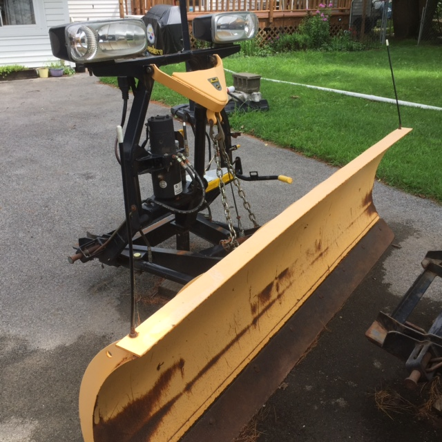 fisher minute mount 2 plows for sale 7 1 2 and an 8 foot. Black Bedroom Furniture Sets. Home Design Ideas