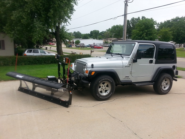 Jeep Plow Angled Left.jpg
