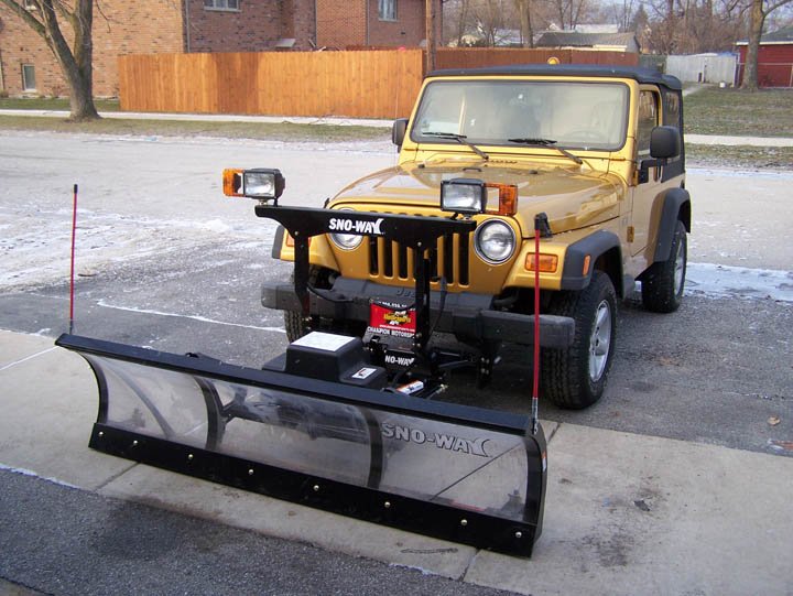 jeep with plow.jpg