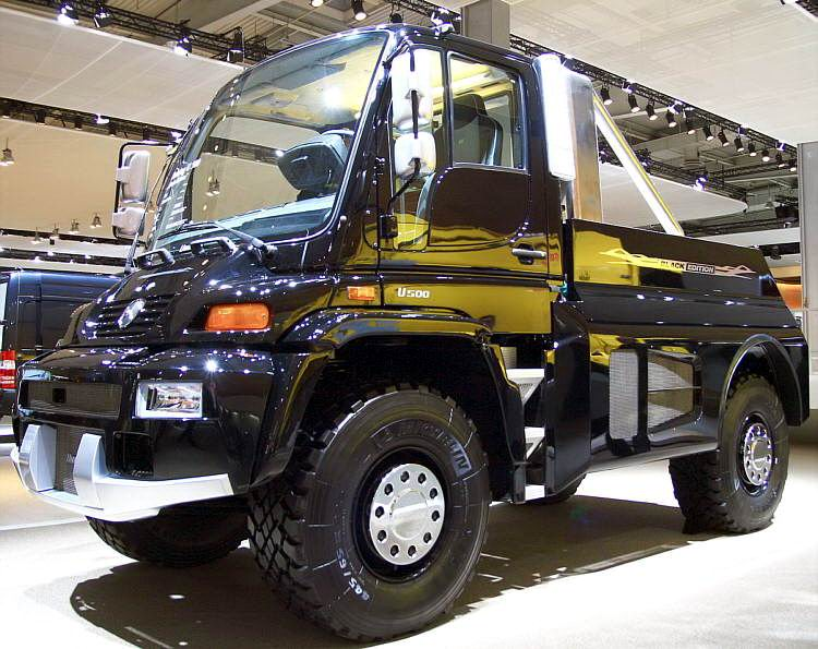 lkw_mercedes_unimog_500_blackedition_01.jpg