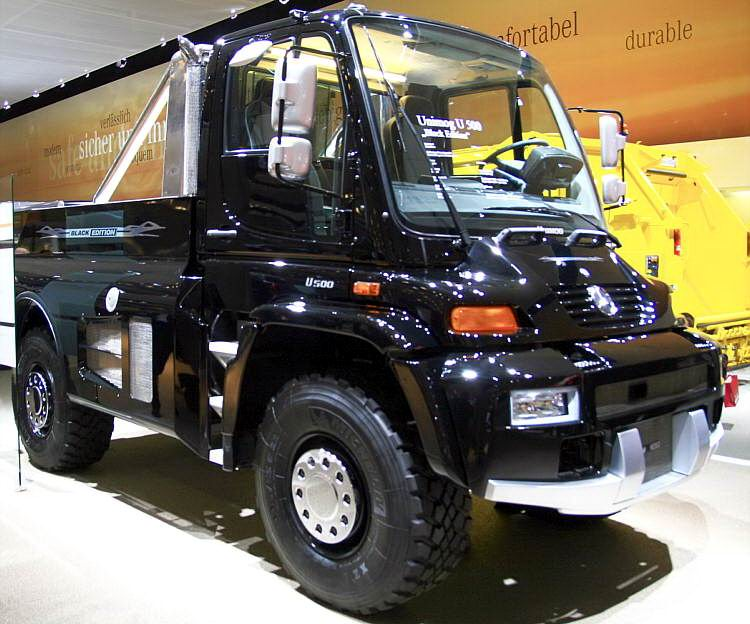lkw_mercedes_unimog_500_blackedition_10.jpg