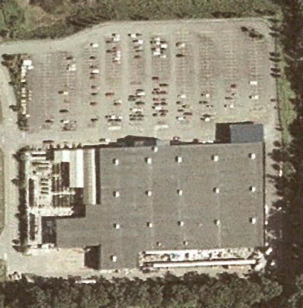 Lowe,s parking lot 3.jpg