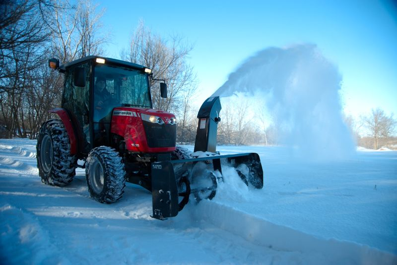MF1643snowblowing.jpg