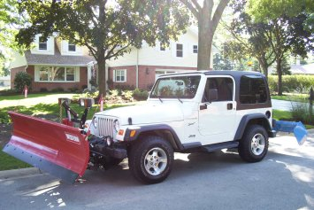 Mikes 2002 Jeep Wrangler with plows on 10 2005 004 WEB READY.jpg