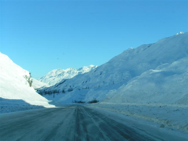mountain winter driving (Small).JPG