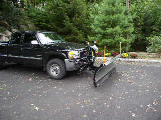my truckplow and driveway work 026.jpg