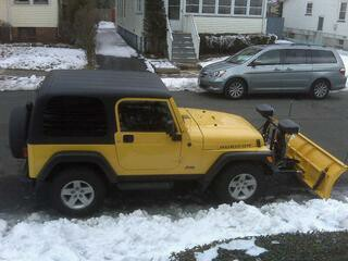 my_jeep_with_plow1.jpg