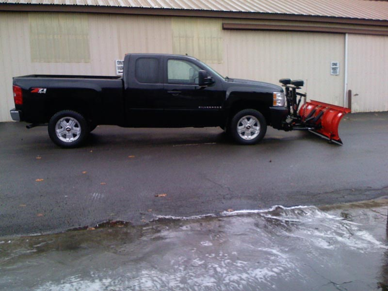 New truck with plow 013.jpg