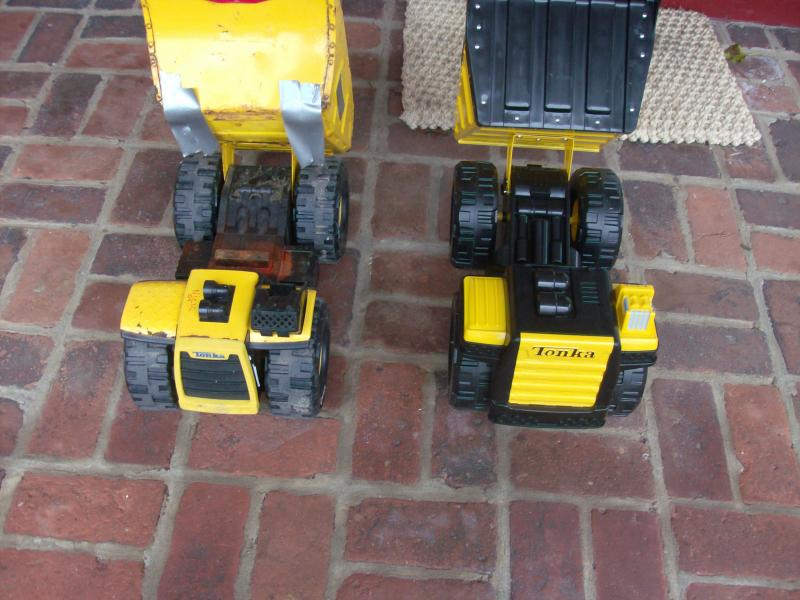 Nicks Trucks (Tonka Trucks,Adt,and Cat Service and Haul Truck) 011.jpg