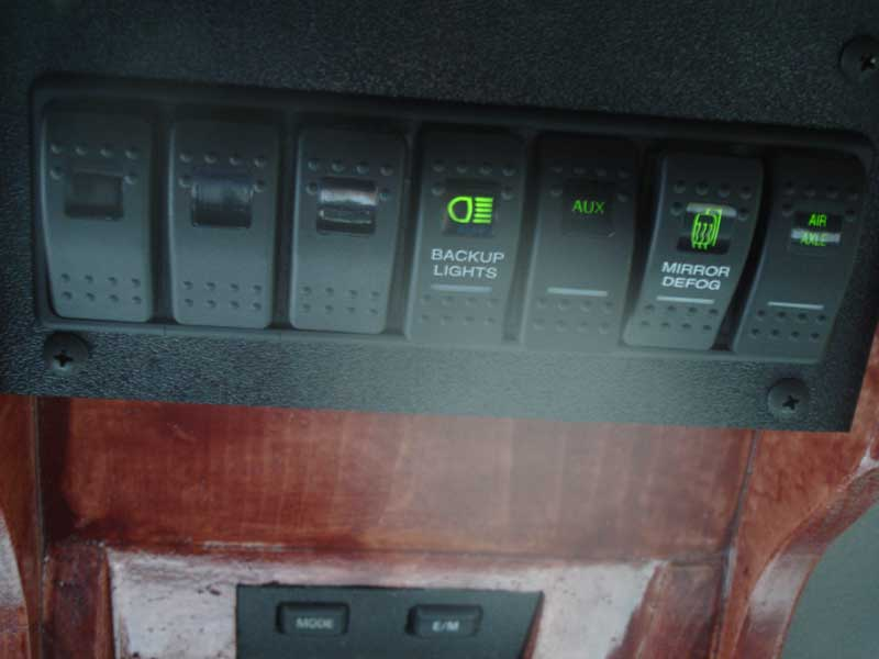 OH-Console-pics-004-small.jpg