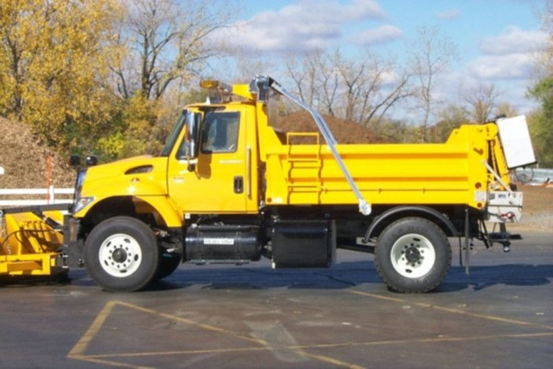 p0000863 village truck.jpg