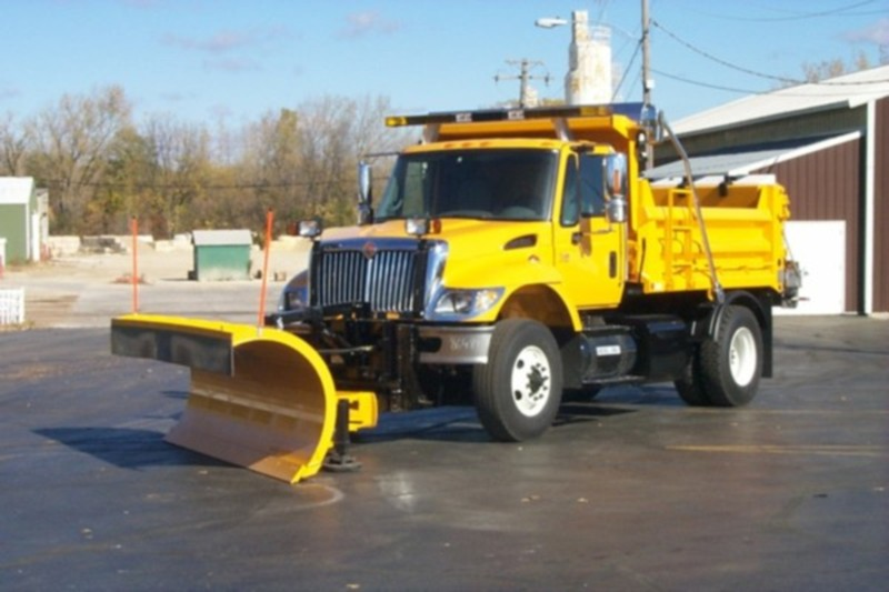 p0000865village truck.jpg