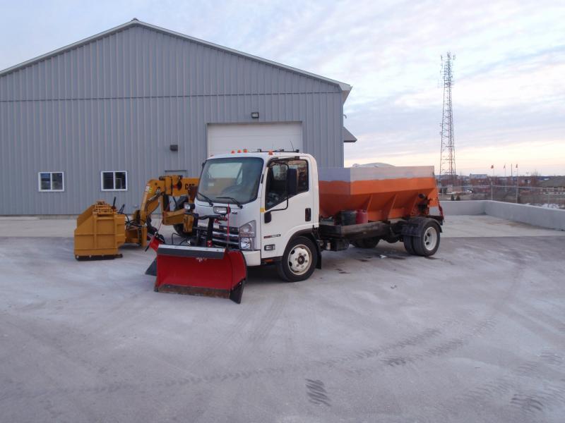 Plow snowfort pics 025.jpg