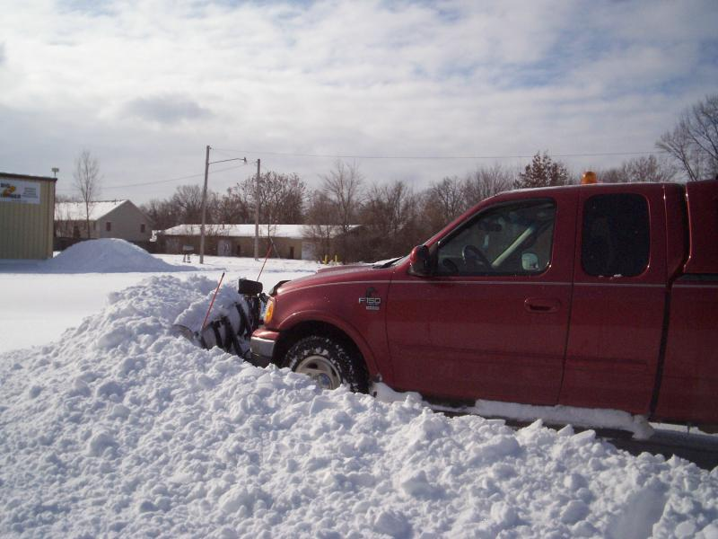 Plowing Auto one 1-112009.jpg
