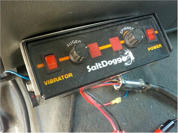 salt dog controller.jpg