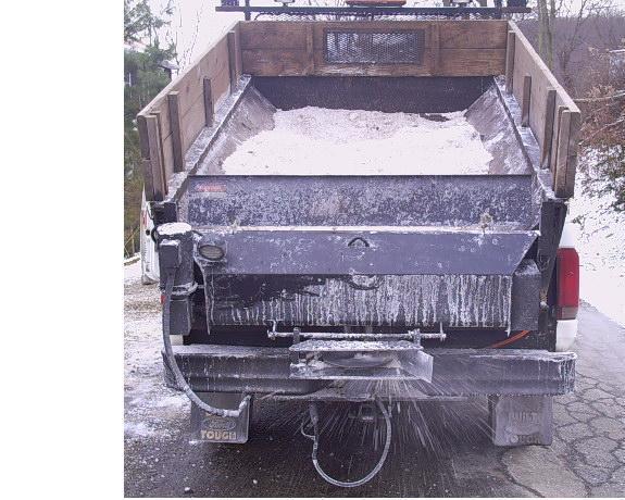 salt truck pic 323232 002.jpg
