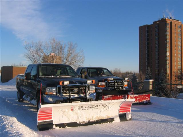 snow plowing 064 (Small).jpg