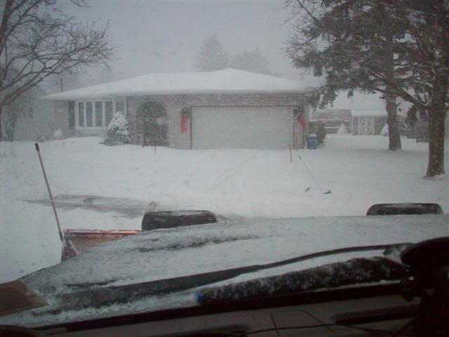 snowplowing 12-28-09 009 (Small).jpg