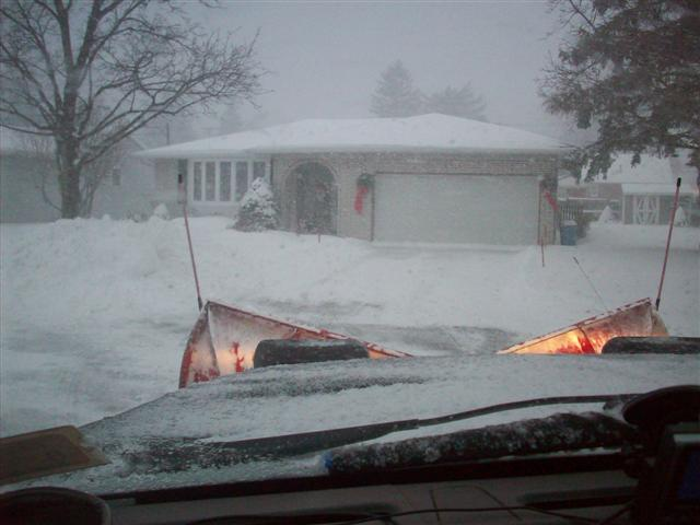 snowplowing 12-28-09 010 (Small).jpg