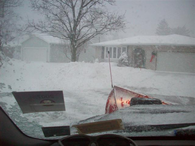 snowplowing 12-28-09 011 (Small).jpg
