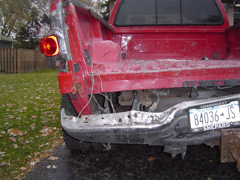 truck destroyed 010.jpg