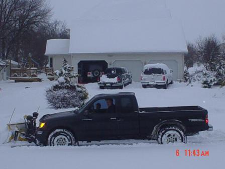 truck pic snow storm 1.jpg