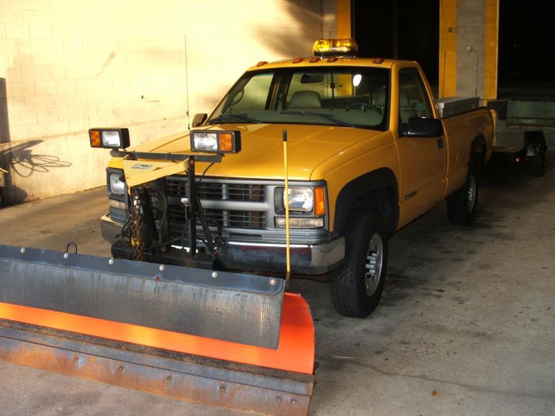 Yellow truck & Trailer 002.jpg
